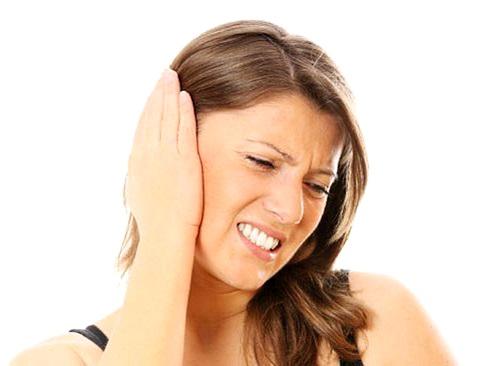 Что делать если ухо заложило и болит