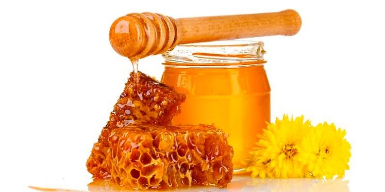 поливаем сметанник мёдом